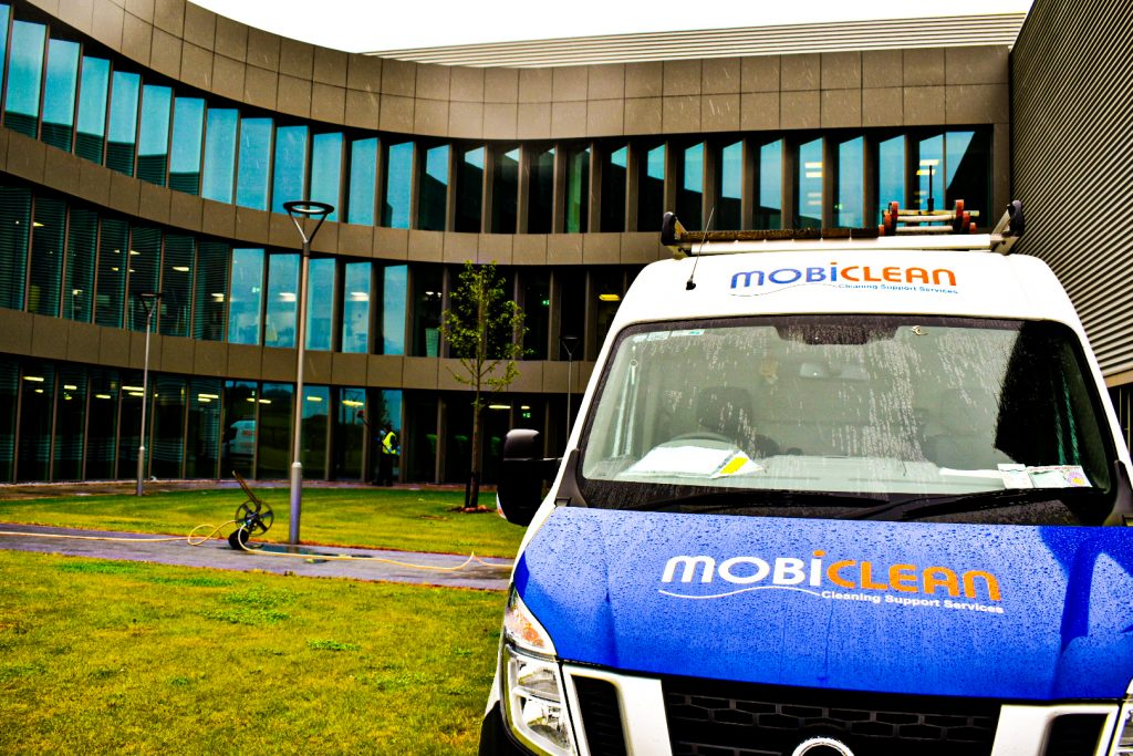 Mobiclean Window Cleaning Services